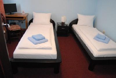 Stambeno-poslovni objekat, (kuca, hostel
