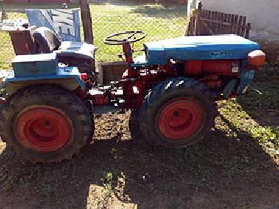 Traktor tv-730