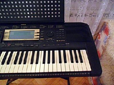 Klavijatura Yamaha psr 730