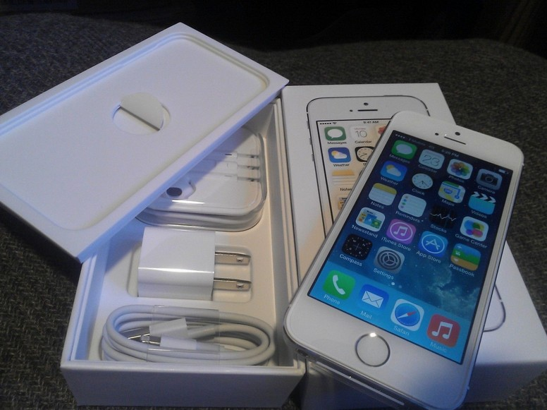 Apple iPhone 5S 64gb Samsung Galaxy S5