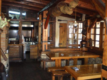 konobe restorani unutrasnjost objektaGradjevinski materijal